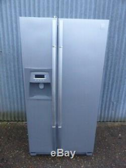 American Style Daewoo Fridge Freezer Large Sized White Local Delivery Available