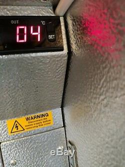 Autonumis Under counter commercial single door glass fridge bottle cooler