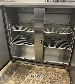 Commercial under counter bar / bottle fridge