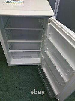 ESSENTIALS CUL55W19 Under Counter Fridge 55cm 130 litres A+ Rated White