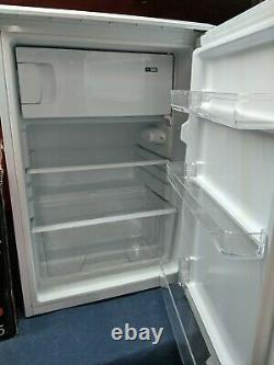 ESSENTIALS Under Counter Larder Fridge With Ice Box A+113 litre CUR55W20 White
