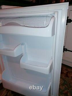 Hotpoint under counter fridge And freezer