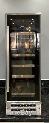 LAM6911-1 A Lamona Black Integrated Drinks Cooler Wine Fridge 58L 19 BOTTLES LED