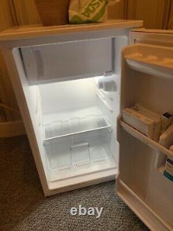 Montpellier Under Counter fridge freezer