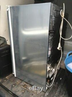 NEFF K1514X7GB Integrated Fridge Used but in very good condition