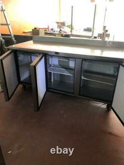 True refrigerator Undercounter Commercial Bench Fridge Commercial 3 door upstand