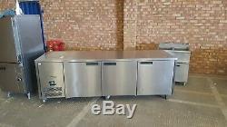 Williams under-counter 3 door fridge work top large prep fridge 246x78x90 cm