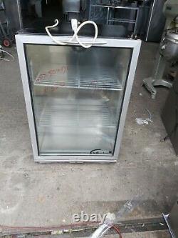 Williams undercounter single glass door drink fridge drink chiller +1/+4 heavy